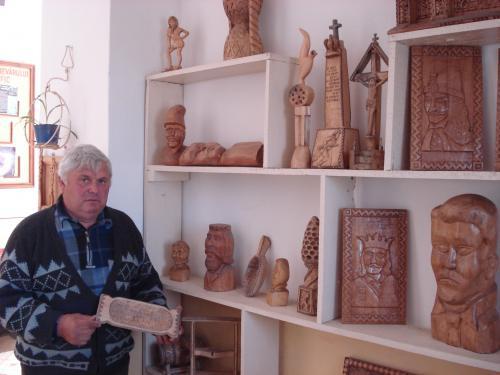 Sculptorul Neculaiu Balaban - Bursucani